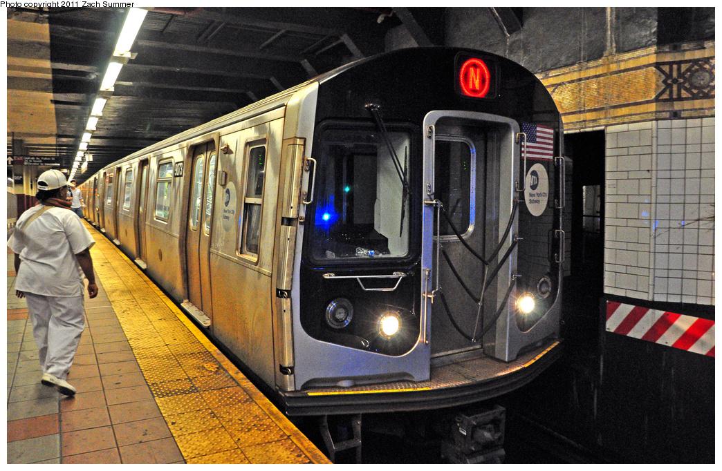 (481k, 1044x682)<br><b>Country:</b> United States<br><b>City:</b> New York<br><b>System:</b> New York City Transit<br><b>Location:</b> DeKalb Avenue<br><b>Route:</b> N<br><b>Car:</b> R-160B (Option 1) (Kawasaki, 2008-2009)  9073 <br><b>Photo by:</b> Zach Summer<br><b>Date:</b> 7/23/2011<br><b>Viewed (this week/total):</b> 1 / 1101