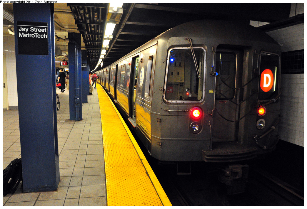 (423k, 1044x712)<br><b>Country:</b> United States<br><b>City:</b> New York<br><b>System:</b> New York City Transit<br><b>Line:</b> IND 8th Avenue Line<br><b>Location:</b> Jay St./Metrotech (Borough Hall) <br><b>Route:</b> D Reroute<br><b>Car:</b> R-68 (Westinghouse-Amrail, 1986-1988)  2768 <br><b>Photo by:</b> Zach Summer<br><b>Date:</b> 7/23/2011<br><b>Viewed (this week/total):</b> 1 / 1213