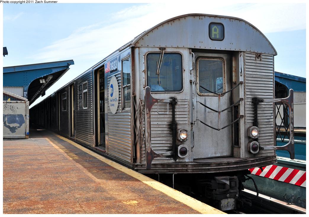 (428k, 1044x732)<br><b>Country:</b> United States<br><b>City:</b> New York<br><b>System:</b> New York City Transit<br><b>Line:</b> IND Fulton Street Line<br><b>Location:</b> 80th Street/Hudson Street <br><b>Route:</b> A<br><b>Car:</b> R-32 (Budd, 1964)  3933 <br><b>Photo by:</b> Zach Summer<br><b>Date:</b> 7/23/2011<br><b>Viewed (this week/total):</b> 0 / 685