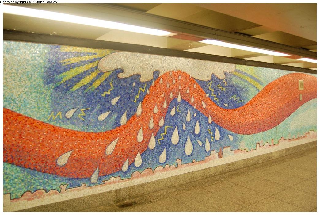 (390k, 1044x701)<br><b>Country:</b> United States<br><b>City:</b> New York<br><b>System:</b> New York City Transit<br><b>Line:</b> IND Queens Boulevard Line<br><b>Location:</b> Court Square/23rd St (Ely Avenue) <br><b>Photo by:</b> John Dooley<br><b>Date:</b> 6/27/2011<br><b>Artwork:</b> <i>Stream</i>, Elizabeth Murray (2001).<br><b>Viewed (this week/total):</b> 0 / 1202