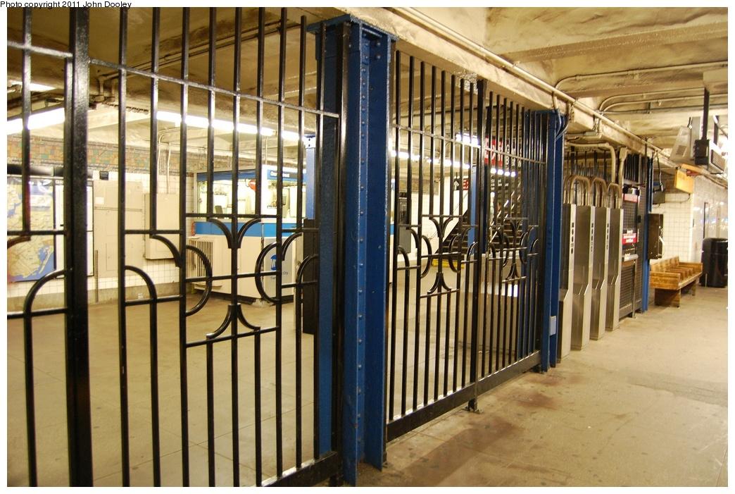 (351k, 1044x701)<br><b>Country:</b> United States<br><b>City:</b> New York<br><b>System:</b> New York City Transit<br><b>Line:</b> BMT Canarsie Line<br><b>Location:</b> Graham Avenue <br><b>Photo by:</b> John Dooley<br><b>Date:</b> 6/27/2011<br><b>Viewed (this week/total):</b> 2 / 965