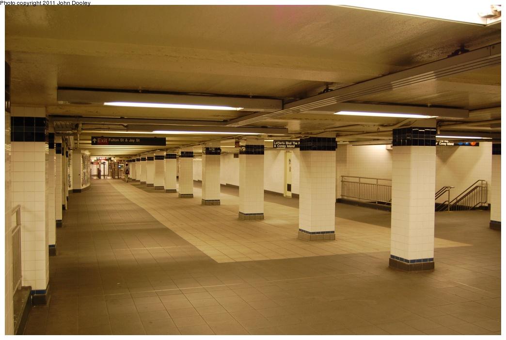 (252k, 1044x701)<br><b>Country:</b> United States<br><b>City:</b> New York<br><b>System:</b> New York City Transit<br><b>Line:</b> IND 8th Avenue Line<br><b>Location:</b> Jay St./Metrotech (Borough Hall) <br><b>Photo by:</b> John Dooley<br><b>Date:</b> 6/27/2011<br><b>Notes:</b> Mezzanine.<br><b>Viewed (this week/total):</b> 0 / 927