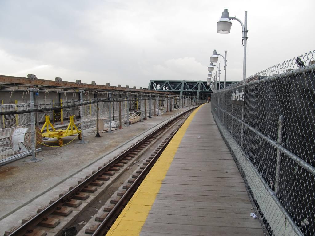 (123k, 1024x768)<br><b>Country:</b> United States<br><b>City:</b> New York<br><b>System:</b> New York City Transit<br><b>Line:</b> IND Crosstown Line<br><b>Location:</b> Smith/9th Street <br><b>Photo by:</b> Robbie Rosenfeld<br><b>Date:</b> 6/14/2011<br><b>Notes:</b> Reconstruction.<br><b>Viewed (this week/total):</b> 0 / 1039