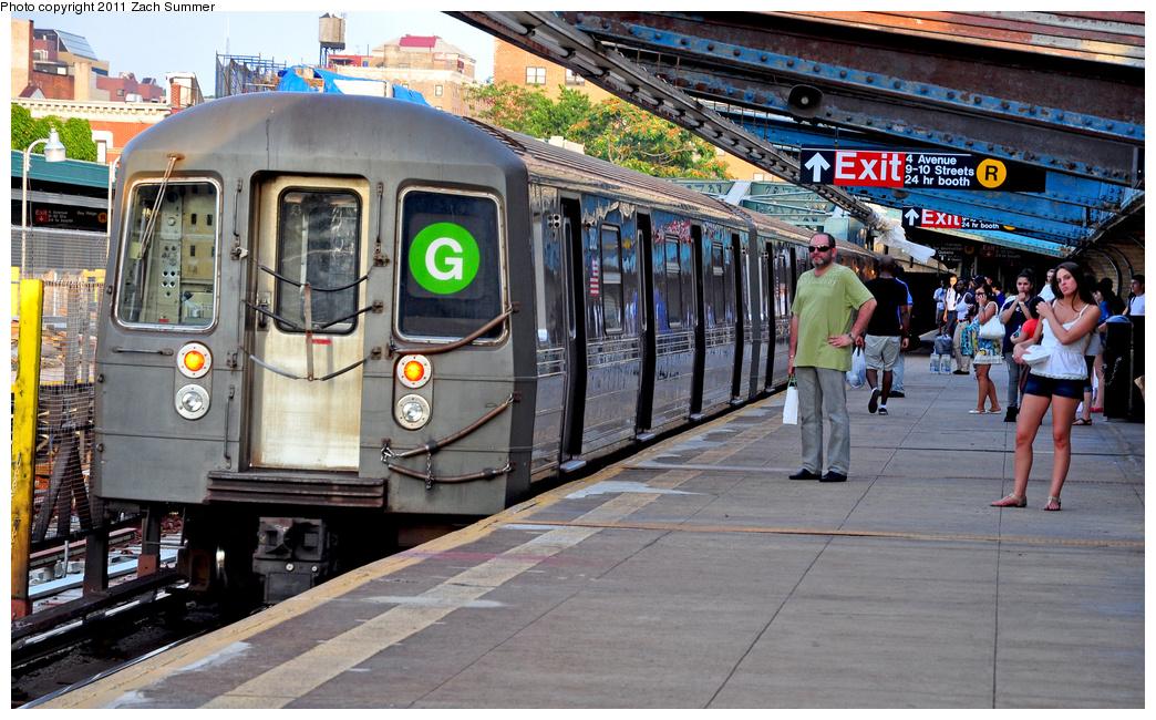 (435k, 1044x650)<br><b>Country:</b> United States<br><b>City:</b> New York<br><b>System:</b> New York City Transit<br><b>Line:</b> IND Crosstown Line<br><b>Location:</b> 4th Avenue<br><b>Route:</b> G<br><b>Car:</b> R-68 (Westinghouse-Amrail, 1986-1988) 2882 <br><b>Photo by:</b> Zach Summer<br><b>Date:</b> 7/23/2011<br><b>Viewed (this week/total):</b> 0 / 2500
