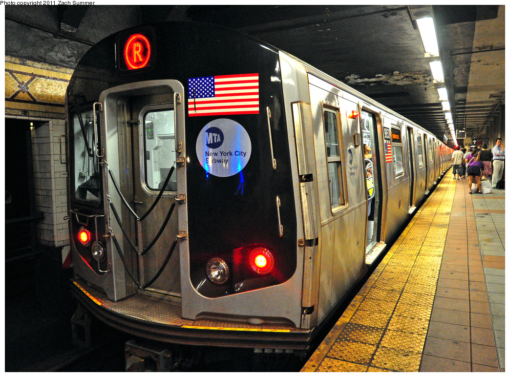 (555k, 1044x772)<br><b>Country:</b> United States<br><b>City:</b> New York<br><b>System:</b> New York City Transit<br><b>Location:</b> DeKalb Avenue<br><b>Route:</b> R<br><b>Car:</b> R-160B (Option 2) (Kawasaki, 2009)  9853 <br><b>Photo by:</b> Zach Summer<br><b>Date:</b> 7/26/2011<br><b>Viewed (this week/total):</b> 0 / 1569