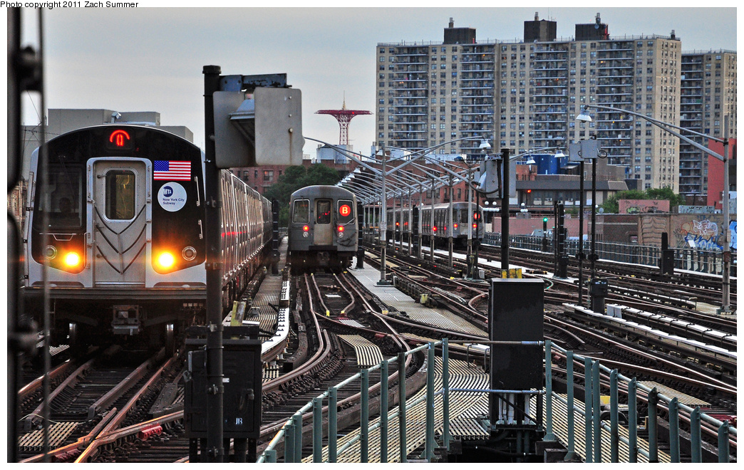 (466k, 1044x660)<br><b>Country:</b> United States<br><b>City:</b> New York<br><b>System:</b> New York City Transit<br><b>Line:</b> BMT Brighton Line<br><b>Location:</b> Brighton Beach <br><b>Route:</b> Q<br><b>Car:</b> R-160A/R-160B Series (Number Unknown)  <br><b>Photo by:</b> Zach Summer<br><b>Date:</b> 7/27/2011<br><b>Notes:</b> R160B Q / R68A  B Layup<br><b>Viewed (this week/total):</b> 1 / 1285
