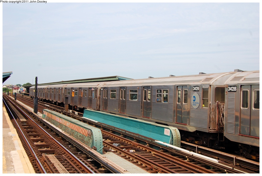 (307k, 1044x701)<br><b>Country:</b> United States<br><b>City:</b> New York<br><b>System:</b> New York City Transit<br><b>Line:</b> IND Fulton Street Line<br><b>Location:</b> 80th Street/Hudson Street <br><b>Route:</b> A<br><b>Car:</b> R-32 (Budd, 1964)  3429 <br><b>Photo by:</b> John Dooley<br><b>Date:</b> 7/23/2011<br><b>Viewed (this week/total):</b> 1 / 546