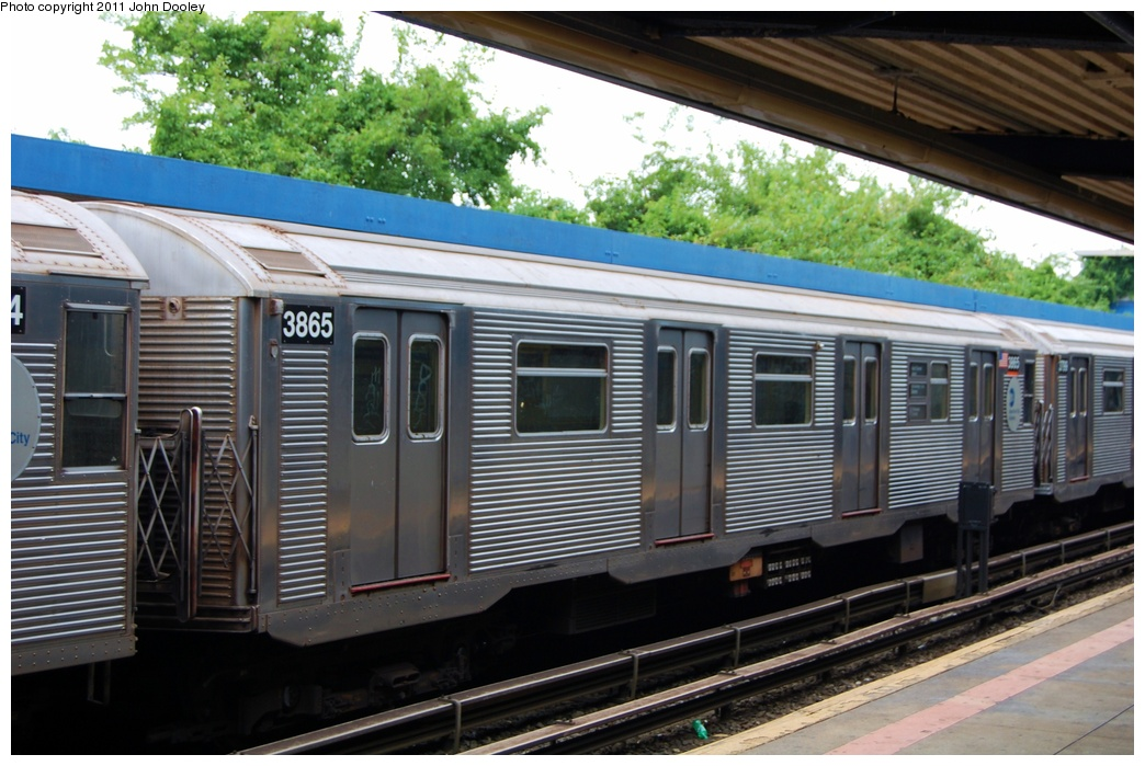 (316k, 1044x699)<br><b>Country:</b> United States<br><b>City:</b> New York<br><b>System:</b> New York City Transit<br><b>Line:</b> IND Rockaway<br><b>Location:</b> Broad Channel <br><b>Route:</b> A<br><b>Car:</b> R-32 (Budd, 1964)  3865 <br><b>Photo by:</b> John Dooley<br><b>Date:</b> 7/24/2011<br><b>Viewed (this week/total):</b> 0 / 713