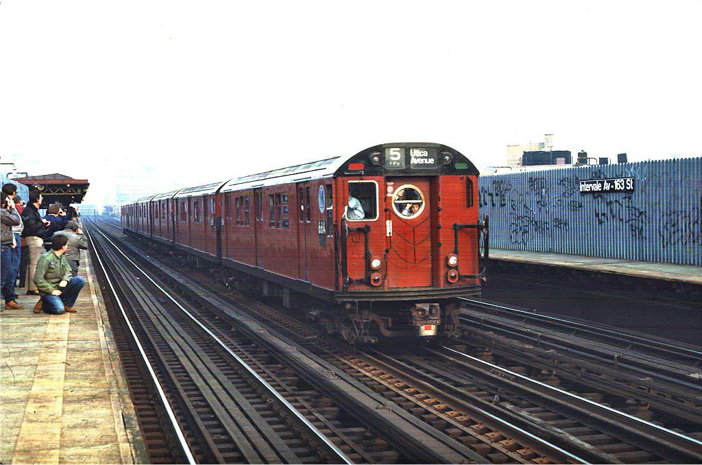 (267k, 1024x678)<br><b>Country:</b> United States<br><b>City:</b> New York<br><b>System:</b> New York City Transit<br><b>Line:</b> IRT White Plains Road Line<br><b>Location:</b> Intervale Avenue <br><b>Route:</b> Fan Trip<br><b>Car:</b> R-17 (St. Louis, 1955-56) 6614 <br><b>Photo by:</b> Steve Zabel<br><b>Collection of:</b> Joe Testagrose<br><b>Date:</b> 11/8/1987<br><b>Viewed (this week/total):</b> 3 / 1467