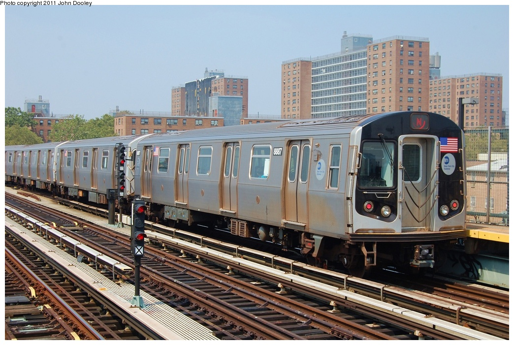 (365k, 1044x701)<br><b>Country:</b> United States<br><b>City:</b> New York<br><b>System:</b> New York City Transit<br><b>Line:</b> BMT West End Line<br><b>Location:</b> Bay 50th Street <br><b>Route:</b> N<br><b>Car:</b> R-160B (Kawasaki, 2005-2008)  8887 <br><b>Photo by:</b> John Dooley<br><b>Date:</b> 7/20/2011<br><b>Viewed (this week/total):</b> 1 / 1062
