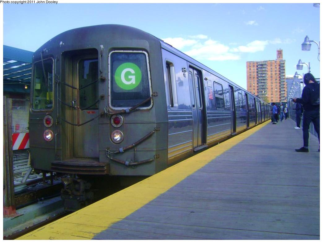 (269k, 1044x788)<br><b>Country:</b> United States<br><b>City:</b> New York<br><b>System:</b> New York City Transit<br><b>Line:</b> IND Crosstown Line<br><b>Location:</b> 4th Avenue <br><b>Route:</b> G<br><b>Car:</b> R-68 (Westinghouse-Amrail, 1986-1988)  2888 <br><b>Photo by:</b> John Dooley<br><b>Date:</b> 5/5/2011<br><b>Viewed (this week/total):</b> 5 / 974