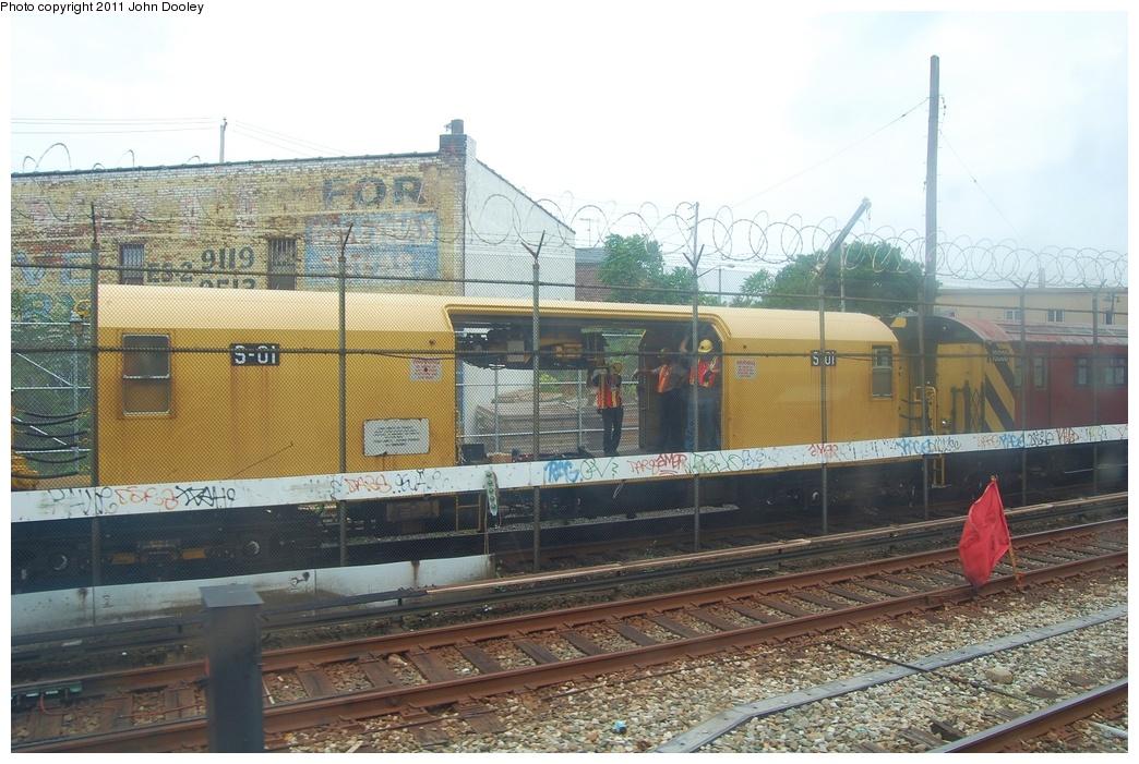 (334k, 1044x701)<br><b>Country:</b> United States<br><b>City:</b> New York<br><b>System:</b> New York City Transit<br><b>Location:</b> Coney Island Yard<br><b>Route:</b> Work Service<br><b>Car:</b> Signal Dolly S-01 <br><b>Photo by:</b> John Dooley<br><b>Date:</b> 6/28/2011<br><b>Viewed (this week/total):</b> 0 / 519