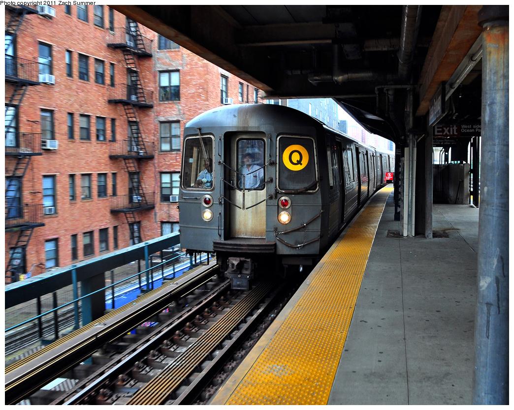 (523k, 1044x834)<br><b>Country:</b> United States<br><b>City:</b> New York<br><b>System:</b> New York City Transit<br><b>Line:</b> BMT Brighton Line<br><b>Location:</b> Ocean Parkway <br><b>Route:</b> Q<br><b>Car:</b> R-68A (Kawasaki, 1988-1989)  5062 <br><b>Photo by:</b> Zach Summer<br><b>Date:</b> 7/24/2011<br><b>Viewed (this week/total):</b> 0 / 1144