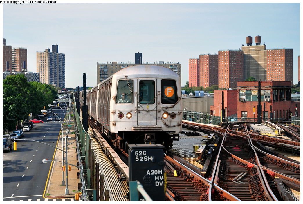 (450k, 1044x706)<br><b>Country:</b> United States<br><b>City:</b> New York<br><b>System:</b> New York City Transit<br><b>Line:</b> BMT Culver Line<br><b>Location:</b> Avenue X <br><b>Route:</b> F<br><b>Car:</b> R-46 (Pullman-Standard, 1974-75) 5610 <br><b>Photo by:</b> Zach Summer<br><b>Date:</b> 7/28/2011<br><b>Viewed (this week/total):</b> 0 / 1100