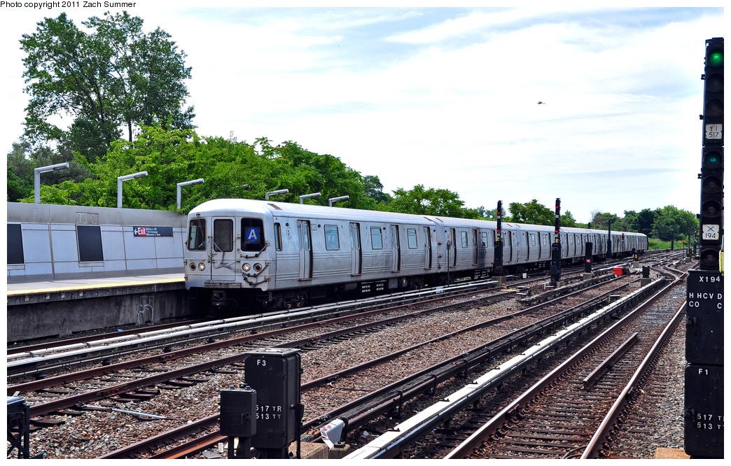 (446k, 1044x666)<br><b>Country:</b> United States<br><b>City:</b> New York<br><b>System:</b> New York City Transit<br><b>Line:</b> IND Rockaway<br><b>Location:</b> Howard Beach <br><b>Route:</b> A<br><b>Car:</b> R-46 (Pullman-Standard, 1974-75) 5852 <br><b>Photo by:</b> Zach Summer<br><b>Date:</b> 7/28/2011<br><b>Viewed (this week/total):</b> 0 / 832