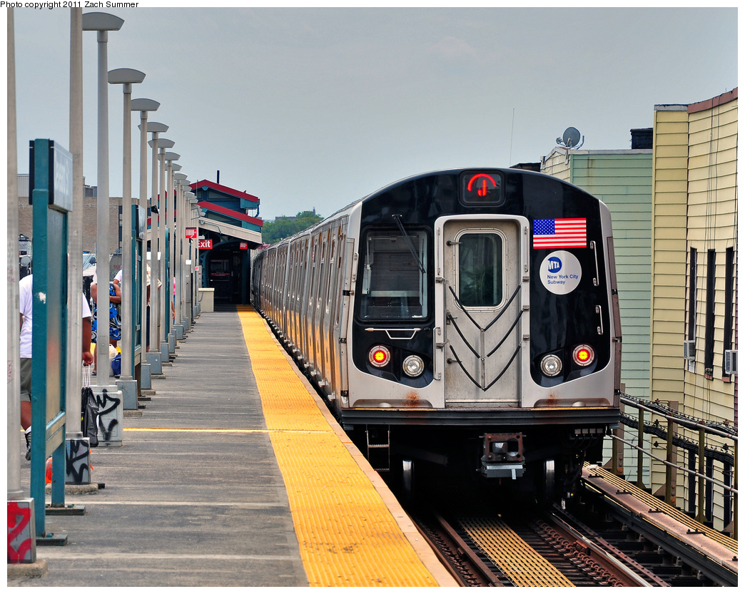 (455k, 1044x833)<br><b>Country:</b> United States<br><b>City:</b> New York<br><b>System:</b> New York City Transit<br><b>Line:</b> BMT Nassau Street/Jamaica Line<br><b>Location:</b> Cleveland Street <br><b>Route:</b> J<br><b>Car:</b> R-160A-1 (Alstom, 2005-2008, 4 car sets)  8461 <br><b>Photo by:</b> Zach Summer<br><b>Date:</b> 7/28/2011<br><b>Viewed (this week/total):</b> 0 / 1300