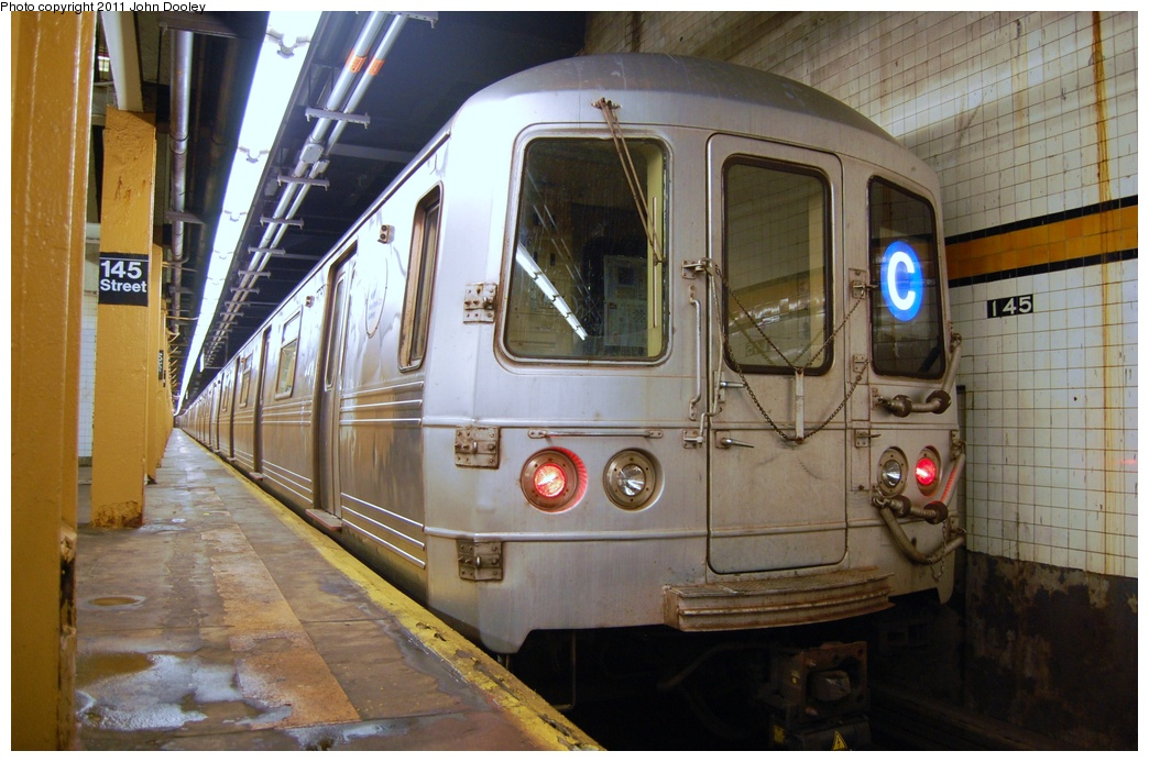 (312k, 1044x693)<br><b>Country:</b> United States<br><b>City:</b> New York<br><b>System:</b> New York City Transit<br><b>Line:</b> IND 8th Avenue Line<br><b>Location:</b> 145th Street <br><b>Route:</b> C<br><b>Car:</b> R-46 (Pullman-Standard, 1974-75) 6064 <br><b>Photo by:</b> John Dooley<br><b>Date:</b> 8/15/2011<br><b>Viewed (this week/total):</b> 8 / 1311