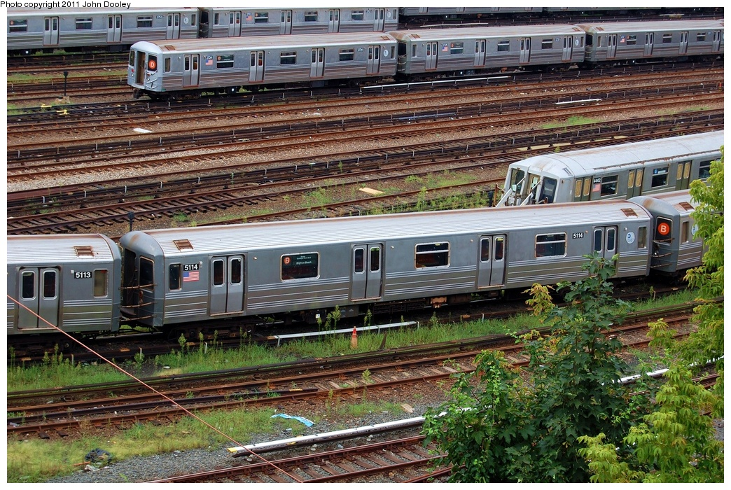 (471k, 1044x700)<br><b>Country:</b> United States<br><b>City:</b> New York<br><b>System:</b> New York City Transit<br><b>Location:</b> Concourse Yard<br><b>Car:</b> R-68A (Kawasaki, 1988-1989)  5114 <br><b>Photo by:</b> John Dooley<br><b>Date:</b> 8/15/2011<br><b>Viewed (this week/total):</b> 5 / 887