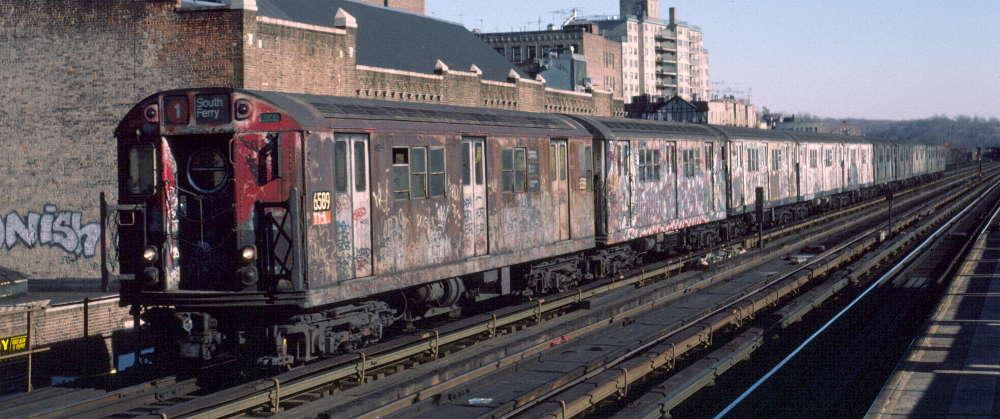 (68k, 1000x419)<br><b>Country:</b> United States<br><b>City:</b> New York<br><b>System:</b> New York City Transit<br><b>Line:</b> IRT West Side Line<br><b>Location:</b> 231st Street <br><b>Route:</b> 1<br><b>Car:</b> R-17 (St. Louis, 1955-56) 6589 <br><b>Photo by:</b> Robert Callahan<br><b>Date:</b> 2/18/1985<br><b>Viewed (this week/total):</b> 0 / 1215