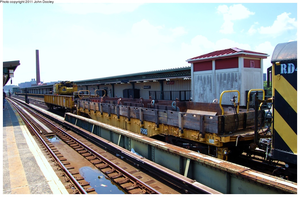 (320k, 1044x686)<br><b>Country:</b> United States<br><b>City:</b> New York<br><b>System:</b> New York City Transit<br><b>Line:</b> BMT Culver Line<br><b>Location:</b> Avenue X <br><b>Route:</b> Work Service<br><b>Car:</b> R-72 Trailer Flat Car (Garrett, 1983)  205 <br><b>Photo by:</b> John Dooley<br><b>Date:</b> 8/10/2011<br><b>Viewed (this week/total):</b> 0 / 736