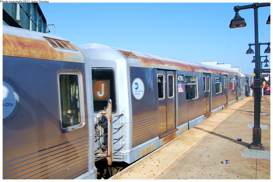 (309k, 1044x699)<br><b>Country:</b> United States<br><b>City:</b> New York<br><b>System:</b> New York City Transit<br><b>Line:</b> BMT Nassau Street/Jamaica Line<br><b>Location:</b> Broadway/East New York (Broadway Junction) <br><b>Car:</b> R-42 (St. Louis, 1969-1970)  4792 <br><b>Photo by:</b> John Dooley<br><b>Date:</b> 8/17/2011<br><b>Viewed (this week/total):</b> 0 / 958