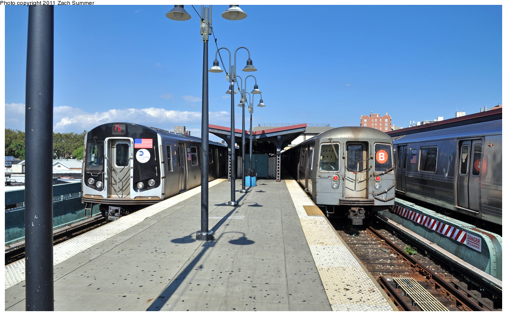 (345k, 1044x651)<br><b>Country:</b> United States<br><b>City:</b> New York<br><b>System:</b> New York City Transit<br><b>Line:</b> BMT Brighton Line<br><b>Location:</b> Brighton Beach <br><b>Route:</b> Q<br><b>Car:</b> R-160B (Kawasaki, 2005-2008)  8838 <br><b>Photo by:</b> Zach Summer<br><b>Date:</b> 8/4/2011<br><b>Notes:</b> With R68 2830 on the B<br><b>Viewed (this week/total):</b> 7 / 1112