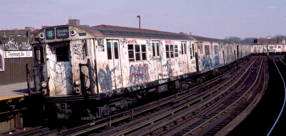 (67k, 1000x478)<br><b>Country:</b> United States<br><b>City:</b> New York<br><b>System:</b> New York City Transit<br><b>Line:</b> IRT White Plains Road Line<br><b>Location:</b> West Farms Sq./East Tremont Ave./177th St. <br><b>Route:</b> 5<br><b>Car:</b> R-21 (St. Louis, 1956-57) 7145 <br><b>Photo by:</b> Robert Callahan<br><b>Date:</b> 3/10/1985<br><b>Viewed (this week/total):</b> 1 / 1064