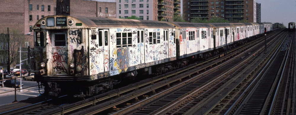 (68k, 1000x391)<br><b>Country:</b> United States<br><b>City:</b> New York<br><b>System:</b> New York City Transit<br><b>Line:</b> IRT White Plains Road Line<br><b>Location:</b> Pelham Parkway <br><b>Route:</b> 2<br><b>Car:</b> R-21 (St. Louis, 1956-57) 7172 <br><b>Photo by:</b> Robert Callahan<br><b>Date:</b> 4/1985<br><b>Viewed (this week/total):</b> 1 / 1003