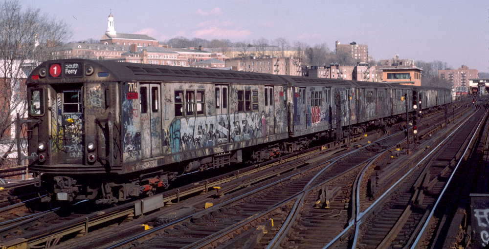 (74k, 1000x511)<br><b>Country:</b> United States<br><b>City:</b> New York<br><b>System:</b> New York City Transit<br><b>Line:</b> IRT West Side Line<br><b>Location:</b> 238th Street <br><b>Route:</b> 1<br><b>Car:</b> R-21 (St. Louis, 1956-57) 7176 <br><b>Photo by:</b> Robert Callahan<br><b>Date:</b> 2/16/1985<br><b>Viewed (this week/total):</b> 2 / 1017