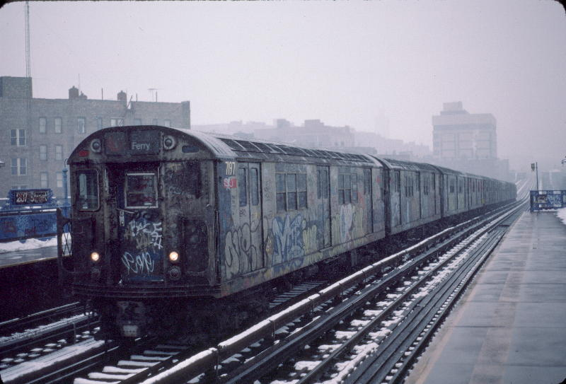 (65k, 800x543)<br><b>Country:</b> United States<br><b>City:</b> New York<br><b>System:</b> New York City Transit<br><b>Line:</b> IRT West Side Line<br><b>Location:</b> 207th Street <br><b>Route:</b> 1<br><b>Car:</b> R-21 (St. Louis, 1956-57) 7197 <br><b>Photo by:</b> Robert Callahan<br><b>Date:</b> 1/19/1985<br><b>Viewed (this week/total):</b> 1 / 1227