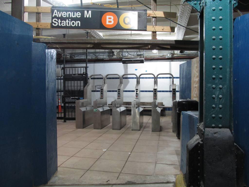 (101k, 1024x768)<br><b>Country:</b> United States<br><b>City:</b> New York<br><b>System:</b> New York City Transit<br><b>Line:</b> BMT Brighton Line<br><b>Location:</b> Avenue M <br><b>Photo by:</b> Robbie Rosenfeld<br><b>Date:</b> 8/16/2011<br><b>Notes:</b> Station reconstruction<br><b>Viewed (this week/total):</b> 0 / 1264