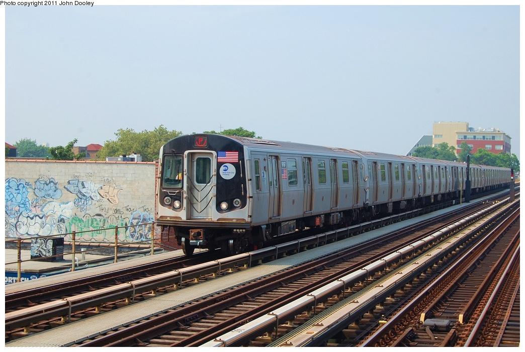 (334k, 1044x701)<br><b>Country:</b> United States<br><b>City:</b> New York<br><b>System:</b> New York City Transit<br><b>Line:</b> BMT Culver Line<br><b>Location:</b> Avenue U <br><b>Route:</b> F<br><b>Car:</b> R-160B (Option 2) (Kawasaki, 2009)  9897 <br><b>Photo by:</b> John Dooley<br><b>Date:</b> 7/20/2011<br><b>Viewed (this week/total):</b> 0 / 927