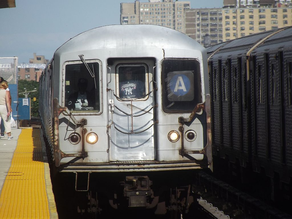 (167k, 1024x768)<br><b>Country:</b> United States<br><b>City:</b> New York<br><b>System:</b> New York City Transit<br><b>Line:</b> IND Rockaway<br><b>Location:</b> Beach 44th Street/Frank Avenue <br><b>Route:</b> A<br><b>Car:</b> R-42 (St. Louis, 1969-1970)  4805 <br><b>Photo by:</b> Alize Jarrett<br><b>Date:</b> 8/24/2011<br><b>Viewed (this week/total):</b> 0 / 977