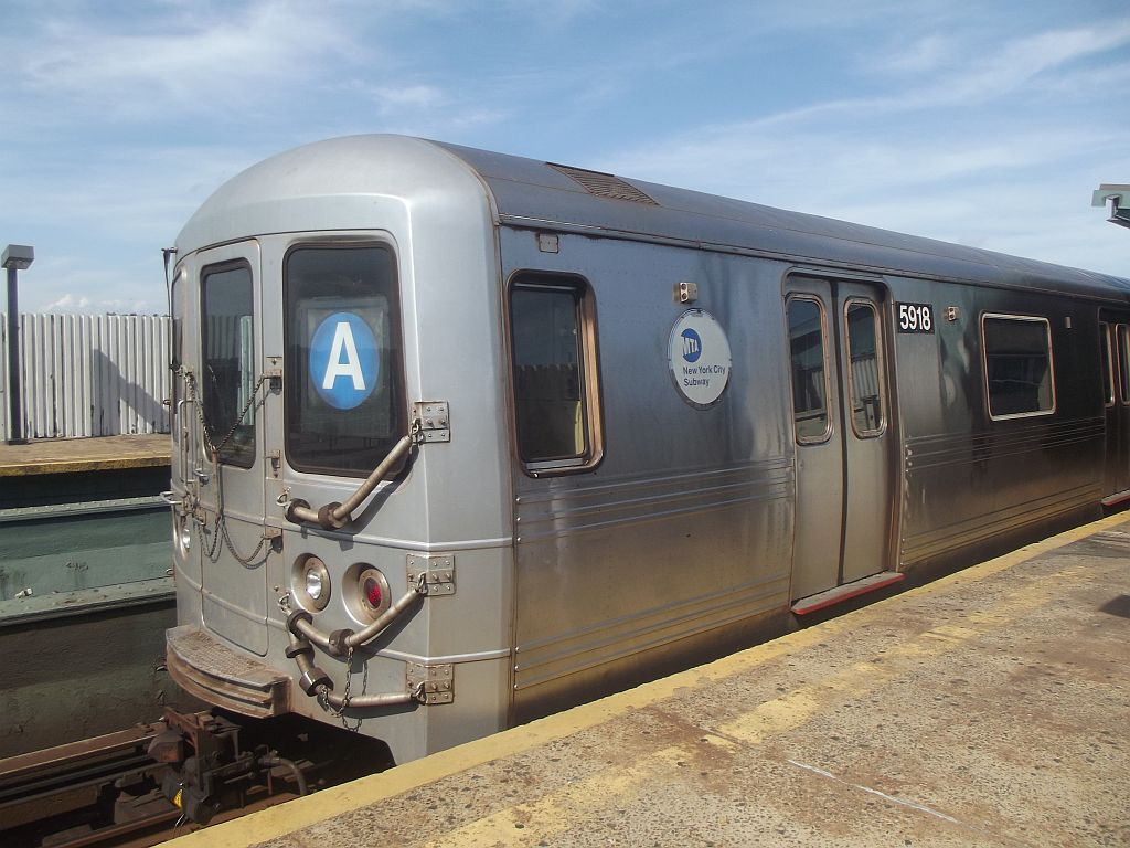 (167k, 1024x768)<br><b>Country:</b> United States<br><b>City:</b> New York<br><b>System:</b> New York City Transit<br><b>Line:</b> IND Fulton Street Line<br><b>Location:</b> Rockaway Boulevard <br><b>Route:</b> A<br><b>Car:</b> R-46 (Pullman-Standard, 1974-75) 5918 <br><b>Photo by:</b> Alize Jarrett<br><b>Date:</b> 8/24/2011<br><b>Viewed (this week/total):</b> 1 / 798