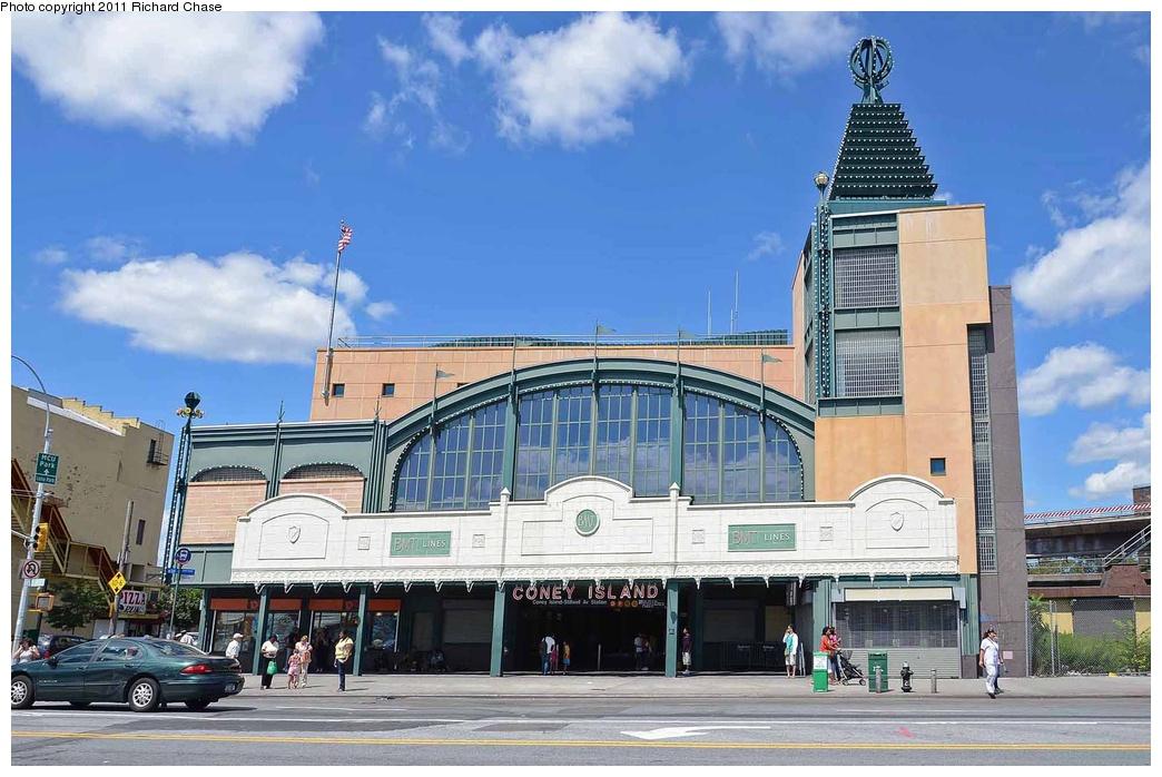 (283k, 1044x698)<br><b>Country:</b> United States<br><b>City:</b> New York<br><b>System:</b> New York City Transit<br><b>Location:</b> Coney Island/Stillwell Avenue<br><b>Photo by:</b> Richard Chase<br><b>Date:</b> 8/22/2011<br><b>Viewed (this week/total):</b> 3 / 1343