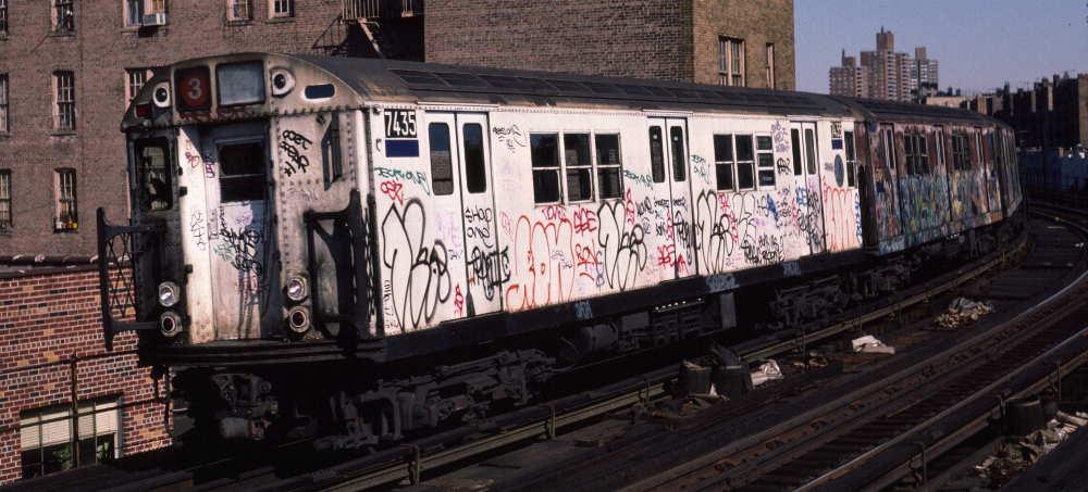 (68k, 1000x453)<br><b>Country:</b> United States<br><b>City:</b> New York<br><b>System:</b> New York City Transit<br><b>Line:</b> IRT White Plains Road Line<br><b>Location:</b> Bronx Park East <br><b>Route:</b> 3<br><b>Car:</b> R-22 (St. Louis, 1957-58) 7435 <br><b>Photo by:</b> Robert Callahan<br><b>Date:</b> 3/9/1985<br><b>Viewed (this week/total):</b> 1 / 1034