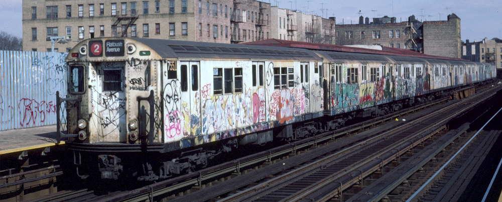 (68k, 1000x402)<br><b>Country:</b> United States<br><b>City:</b> New York<br><b>System:</b> New York City Transit<br><b>Line:</b> IRT White Plains Road Line<br><b>Location:</b> Bronx Park East <br><b>Route:</b> 2<br><b>Car:</b> R-22 (St. Louis, 1957-58) 7551 <br><b>Photo by:</b> Robert Callahan<br><b>Date:</b> 3/2/1985<br><b>Viewed (this week/total):</b> 0 / 892