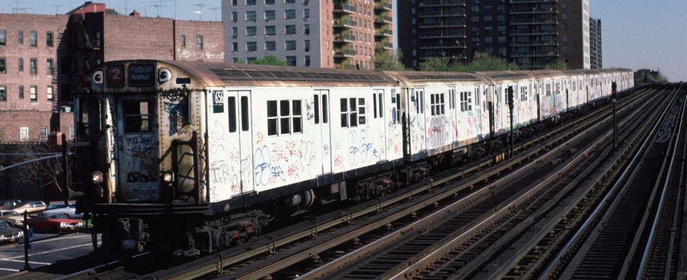 (64k, 1000x408)<br><b>Country:</b> United States<br><b>City:</b> New York<br><b>System:</b> New York City Transit<br><b>Line:</b> IRT White Plains Road Line<br><b>Location:</b> Pelham Parkway <br><b>Route:</b> 2<br><b>Car:</b> R-22 (St. Louis, 1957-58) 7656 <br><b>Photo by:</b> Robert Callahan<br><b>Date:</b> 4/1985<br><b>Viewed (this week/total):</b> 0 / 872