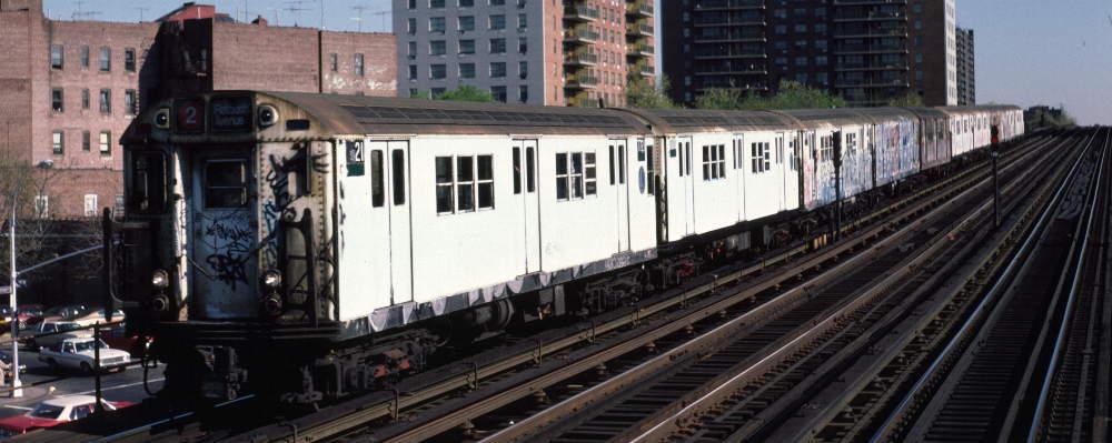 (66k, 1000x399)<br><b>Country:</b> United States<br><b>City:</b> New York<br><b>System:</b> New York City Transit<br><b>Line:</b> IRT White Plains Road Line<br><b>Location:</b> Pelham Parkway <br><b>Route:</b> 2<br><b>Car:</b> R-22 (St. Louis, 1957-58) 7721 <br><b>Photo by:</b> Robert Callahan<br><b>Date:</b> 4/1985<br><b>Viewed (this week/total):</b> 1 / 890