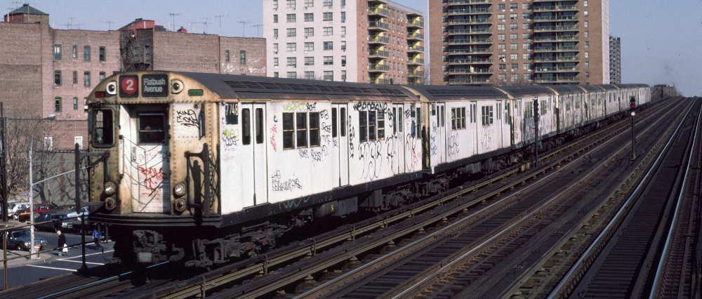(67k, 1000x426)<br><b>Country:</b> United States<br><b>City:</b> New York<br><b>System:</b> New York City Transit<br><b>Line:</b> IRT White Plains Road Line<br><b>Location:</b> Pelham Parkway <br><b>Route:</b> 2<br><b>Car:</b> R-22 (St. Louis, 1957-58) 7748 <br><b>Photo by:</b> Robert Callahan<br><b>Date:</b> 3/10/1985<br><b>Viewed (this week/total):</b> 3 / 750