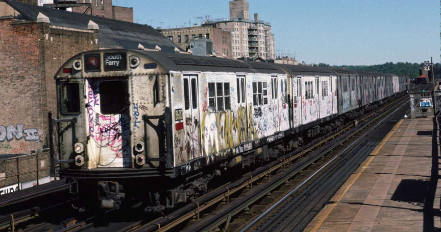 (67k, 900x474)<br><b>Country:</b> United States<br><b>City:</b> New York<br><b>System:</b> New York City Transit<br><b>Line:</b> IRT West Side Line<br><b>Location:</b> 231st Street <br><b>Route:</b> 1<br><b>Car:</b> R-29 (St. Louis, 1962) 8600 <br><b>Photo by:</b> Robert Callahan<br><b>Date:</b> 10/6/1984<br><b>Viewed (this week/total):</b> 0 / 751