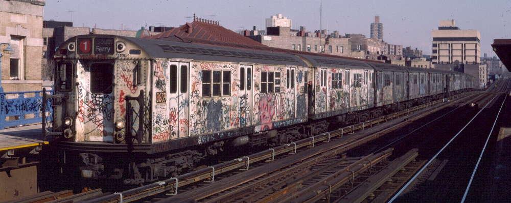 (64k, 1000x399)<br><b>Country:</b> United States<br><b>City:</b> New York<br><b>System:</b> New York City Transit<br><b>Line:</b> IRT West Side Line<br><b>Location:</b> 207th Street <br><b>Route:</b> 1<br><b>Car:</b> R-29 (St. Louis, 1962) 8639 <br><b>Photo by:</b> Robert Callahan<br><b>Date:</b> 2/16/1985<br><b>Viewed (this week/total):</b> 0 / 856