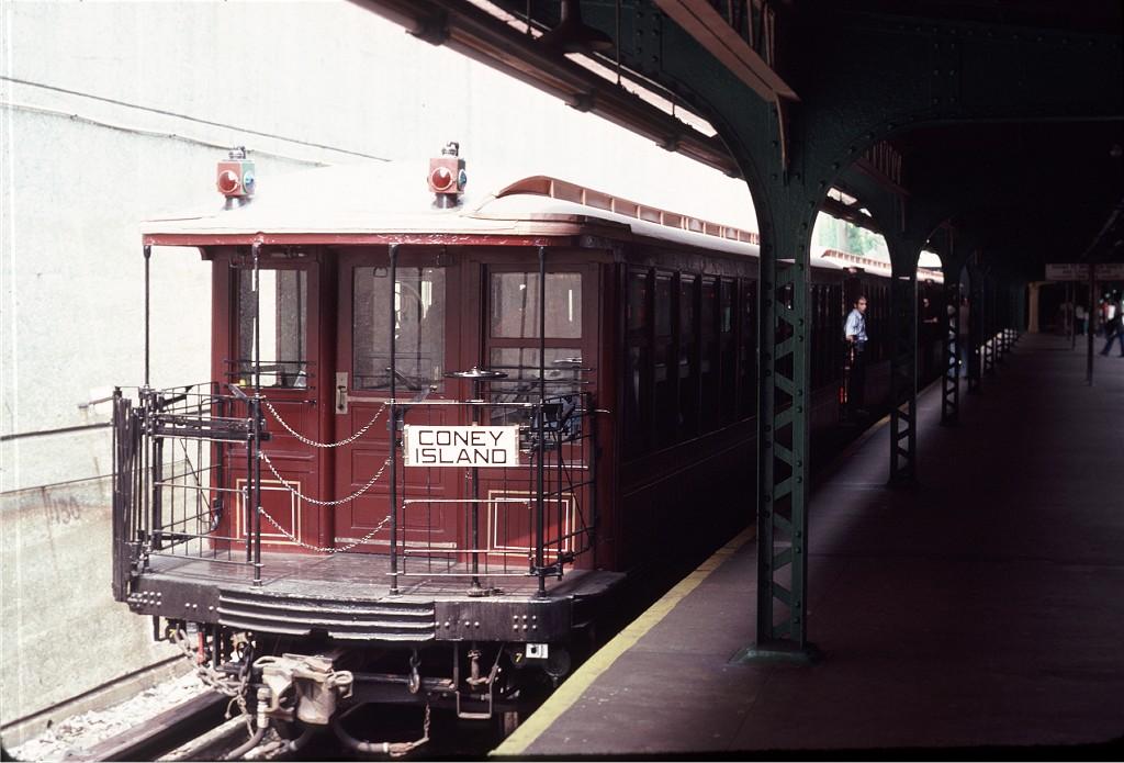 (165k, 1024x695)<br><b>Country:</b> United States<br><b>City:</b> New York<br><b>System:</b> New York City Transit<br><b>Line:</b> BMT Franklin<br><b>Location:</b> Prospect Park <br><b>Route:</b> Fan Trip<br><b>Car:</b> BMT Elevated Gate Car 1404 <br><b>Photo by:</b> Steve Zabel<br><b>Collection of:</b> Joe Testagrose<br><b>Date:</b> 8/30/1980<br><b>Viewed (this week/total):</b> 0 / 850