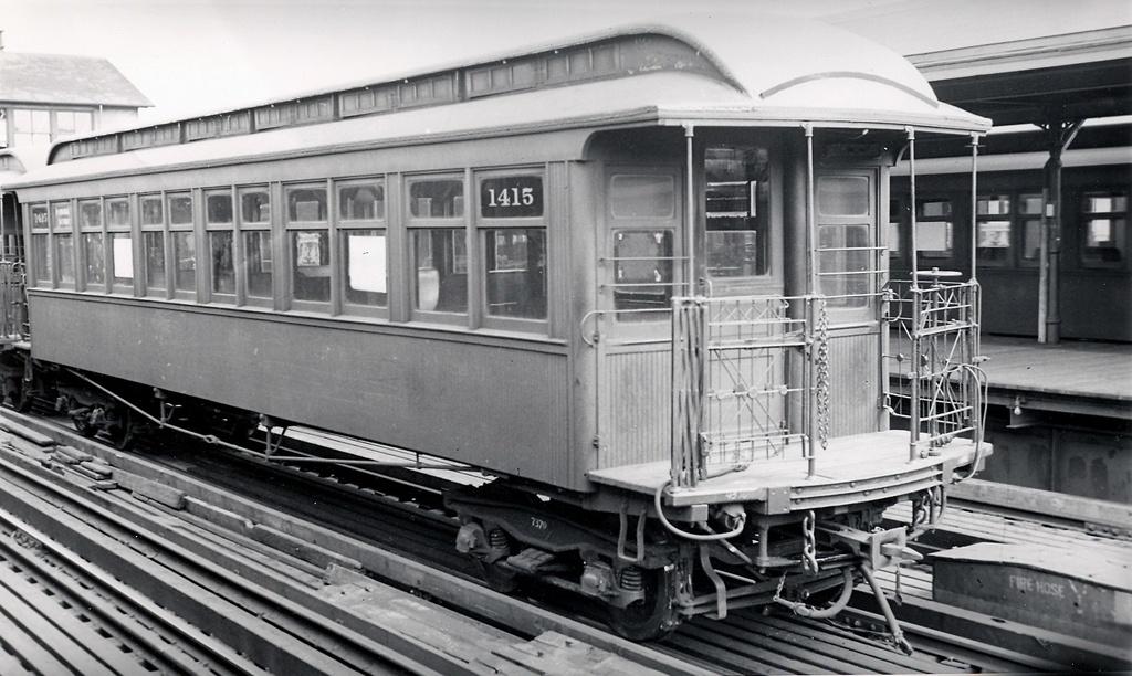 (243k, 1024x612)<br><b>Country:</b> United States<br><b>City:</b> New York<br><b>System:</b> New York City Transit<br><b>Line:</b> 3rd Avenue El<br><b>Location:</b> 129th Street <br><b>Car:</b> Manhattan El 1415 <br><b>Collection of:</b> Ed Watson/Arthur Lonto Collection<br><b>Date:</b> 6/1940<br><b>Viewed (this week/total):</b> 1 / 1133