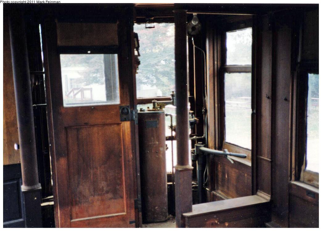 (329k, 1044x751)<br><b>Country:</b> United States<br><b>City:</b> East Haven/Branford, Ct.<br><b>System:</b> Shore Line Trolley Museum <br><b>Car:</b> Hi-V 3344 <i>Mineola</i> <br><b>Photo by:</b> Mark S. Feinman<br><b>Date:</b> 10/8/1994<br><b>Viewed (this week/total):</b> 0 / 496