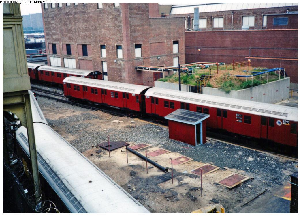 (421k, 1044x748)<br><b>Country:</b> United States<br><b>City:</b> New York<br><b>System:</b> New York City Transit<br><b>Location:</b> Coney Island Yard<br><b>Car:</b> R-30 (St. Louis, 1961) 8299/8290 <br><b>Photo by:</b> Mark S. Feinman<br><b>Date:</b> 6/24/1995<br><b>Viewed (this week/total):</b> 1 / 1099