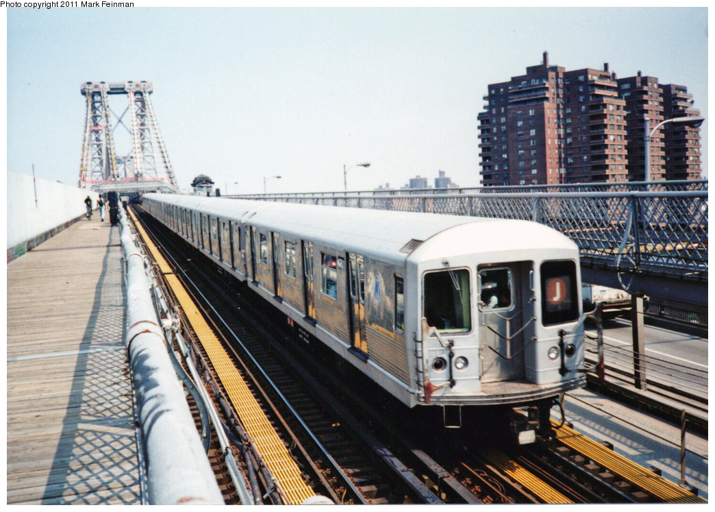 (392k, 1044x747)<br><b>Country:</b> United States<br><b>City:</b> New York<br><b>System:</b> New York City Transit<br><b>Line:</b> BMT Nassau Street/Jamaica Line<br><b>Location:</b> Williamsburg Bridge<br><b>Route:</b> J<br><b>Car:</b> R-42 (St. Louis, 1969-1970)  4761 <br><b>Photo by:</b> Mark S. Feinman<br><b>Date:</b> 7/1994<br><b>Viewed (this week/total):</b> 0 / 893