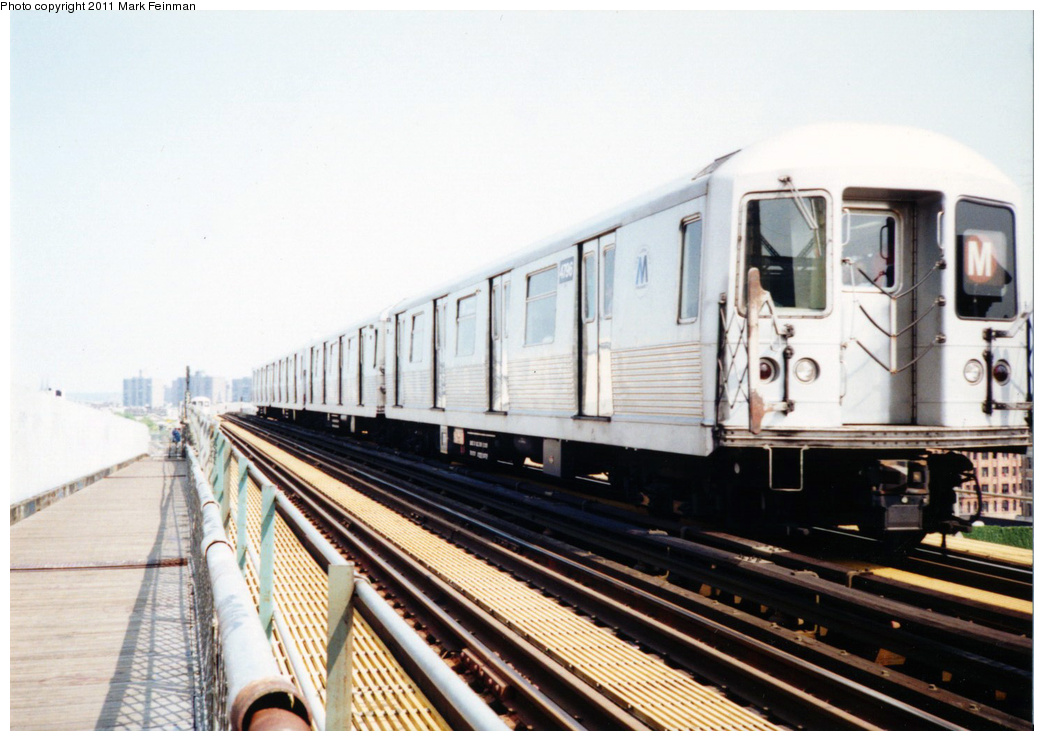 (324k, 1044x741)<br><b>Country:</b> United States<br><b>City:</b> New York<br><b>System:</b> New York City Transit<br><b>Line:</b> BMT Nassau Street/Jamaica Line<br><b>Location:</b> Williamsburg Bridge<br><b>Route:</b> M<br><b>Car:</b> R-42 (St. Louis, 1969-1970)  4796 <br><b>Photo by:</b> Mark S. Feinman<br><b>Date:</b> 7/1994<br><b>Viewed (this week/total):</b> 0 / 999
