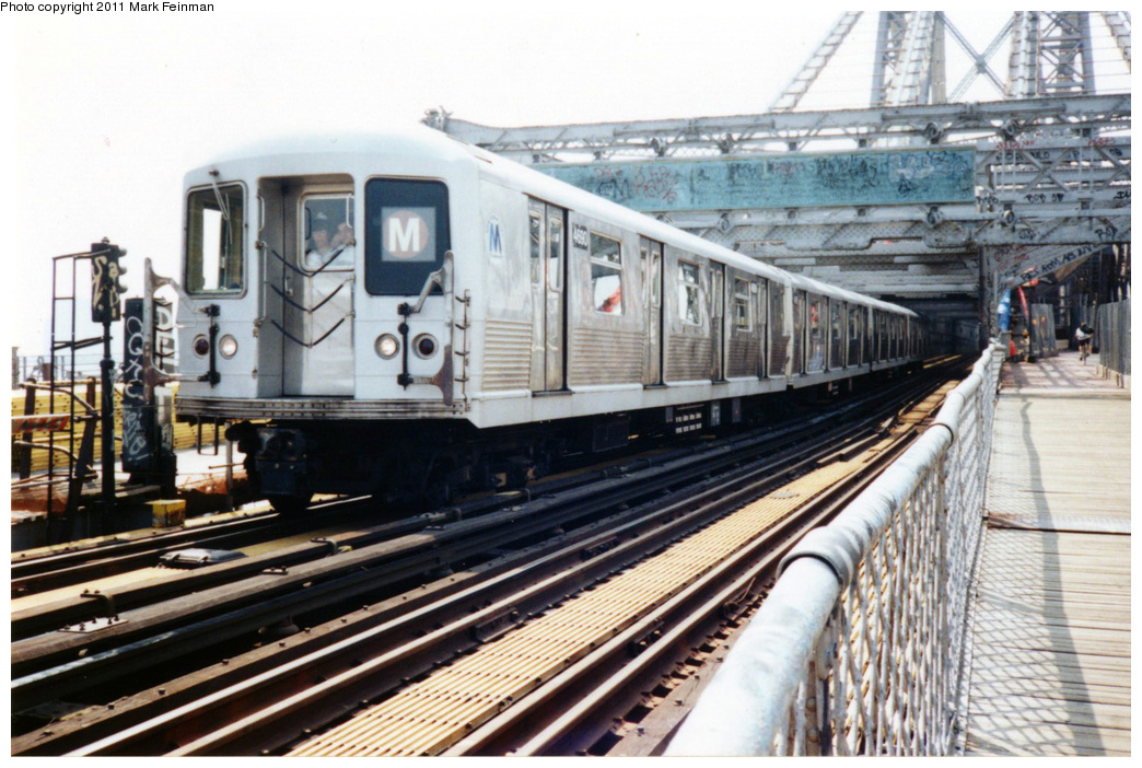 (372k, 1044x702)<br><b>Country:</b> United States<br><b>City:</b> New York<br><b>System:</b> New York City Transit<br><b>Line:</b> BMT Nassau Street/Jamaica Line<br><b>Location:</b> Williamsburg Bridge<br><b>Route:</b> M<br><b>Car:</b> R-42 (St. Louis, 1969-1970)  4690 <br><b>Photo by:</b> Mark S. Feinman<br><b>Date:</b> 7/1994<br><b>Viewed (this week/total):</b> 1 / 835