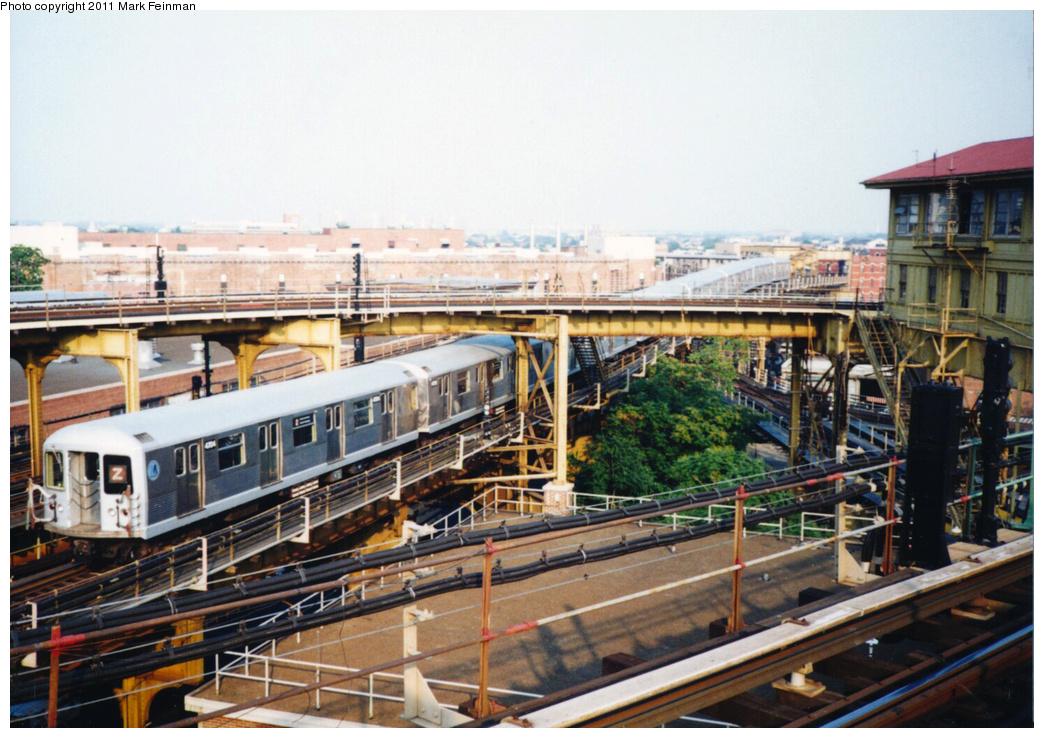 (389k, 1044x738)<br><b>Country:</b> United States<br><b>City:</b> New York<br><b>System:</b> New York City Transit<br><b>Line:</b> BMT Nassau Street/Jamaica Line<br><b>Location:</b> Broadway/East New York (Broadway Junction) <br><b>Route:</b> Z<br><b>Car:</b> R-42 (St. Louis, 1969-1970)  4704 <br><b>Photo by:</b> Mark S. Feinman<br><b>Date:</b> 7/1994<br><b>Viewed (this week/total):</b> 2 / 1108